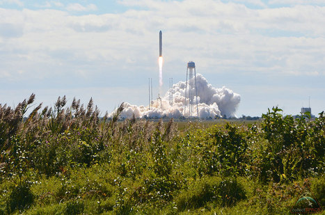 Cygnus takes flight: Orbital Sciences' new spaceship lifts off for station | collectSPACE | science education | Scoop.it