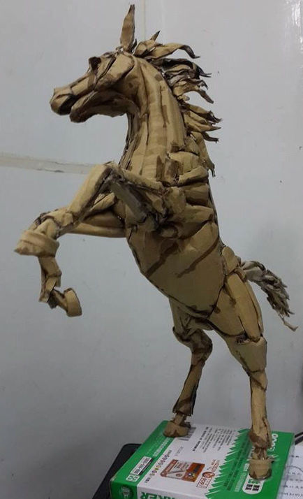 20-Year-Old Taiwanese Artist Creates the Most Amazing Cardboard Models | Strange days indeed... | Scoop.it