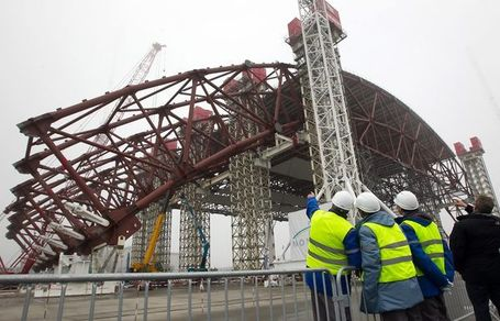Pictures: Race Against Time to Build a New Tomb for Chernobyl | Science technology and reaserch | Scoop.it