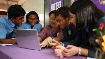 Wow - Malaysia: Bringing Google Apps and Chromebooks to 10 million + | iGeneration - 21st Century Education | Scoop.it