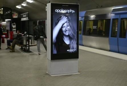 Kreatívny billboard, ktorému vejú vlasy vo vetre. | Vlasy, kozmetika, beauty | Scoop.it