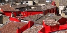 """Une exposition transforme Salon-de-Provence  en """"ville rouge""""   MP 2013 vue par les médias   Scoop.it"""