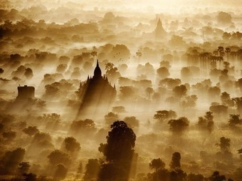 Bagan Picture -- Myanmar Photo -- National Geographic Photo of the Day | arts | Scoop.it