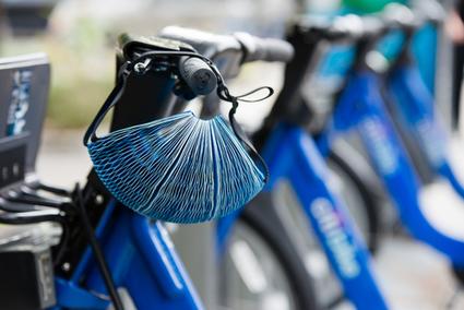 James Dyson Award 2016 : le vainqueur est un casque de vélo en papier recyclé | ocmq | Scoop.it