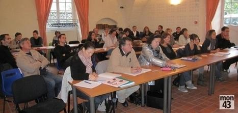 Haute-Loire : les enseignants du privé à la découverte des tablettes numériques - mon43 | TICE - Projet The Ghost | Scoop.it
