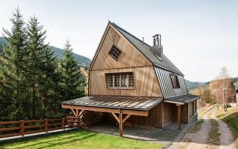 Trange chalet bois contemporain dans le for Chalet bois contemporain