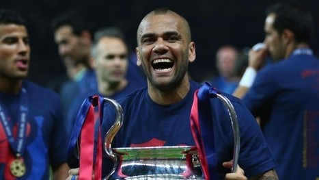 Dani Alves on extending Barcelona contract: I followed my heart – video - The Guardian | AC Affairs | Scoop.it