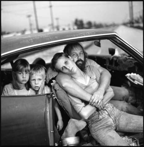 8 Lessons Mary Ellen Mark Has Taught Me About Street Photography | Fuji X-Pro 1 | Scoop.it