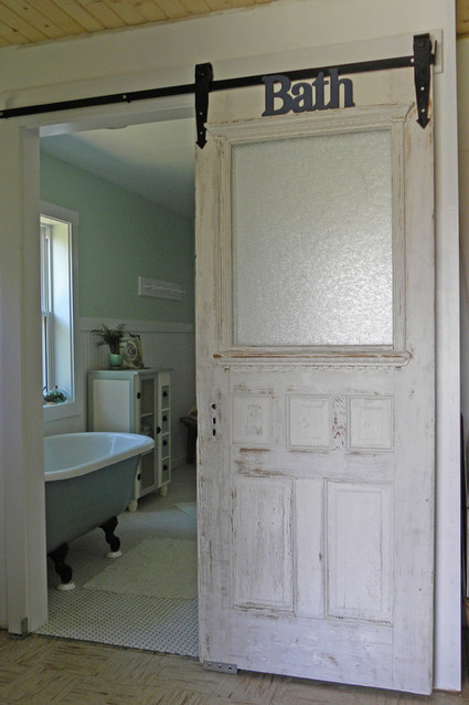 10 Interior Barn Door Pictures - Barn Homes Blog | Barn Doors for Inside the Home | Scoop.it