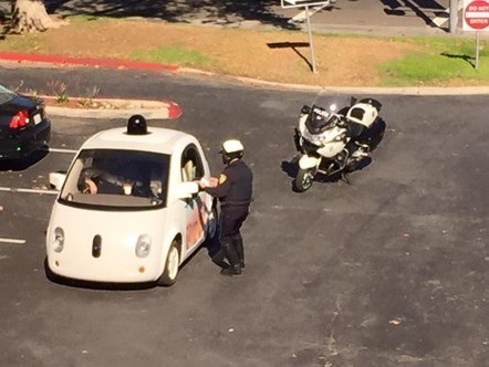 Google car gets pulled over, talks its way out of ticket | Nerd Vittles Daily Dump | Scoop.it