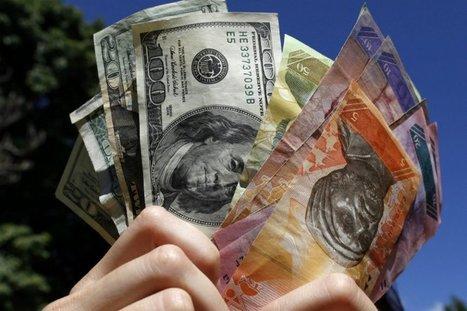 Venezuela devalúa casi un 50 % la moneda frente al dólar | Fundamentos de Economia | Scoop.it
