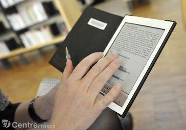 On a testé pour vous : les liseuses numériques de la BFM - lepopulaire.fr | Prêt de liseuses et de tablettes en bibliothèque | Scoop.it