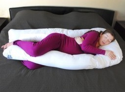 KHOMO Extra Light Full Body Maternity Pillow Review - Best Pregnancy Pillow | How to Choose the Best Pregnancy Pillow | Scoop.it