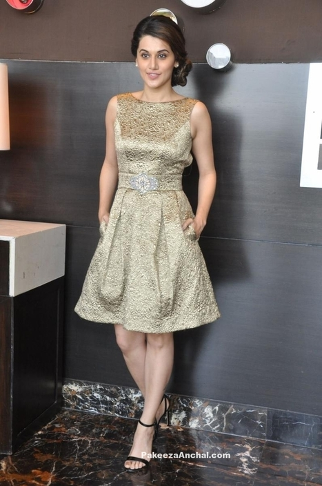 Tapsee Pannu in Theia Couture at IIFA Utsavam 2016 Press Meet | Indian Fashion Updates | Scoop.it