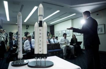 SpaceX delays first private launch to space station | Restorative Developments | Scoop.it