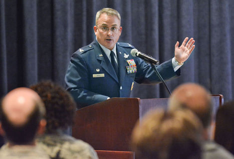VAFB commander goes over 2016 plans, including base's first rocket landing | The NewSpace Daily | Scoop.it