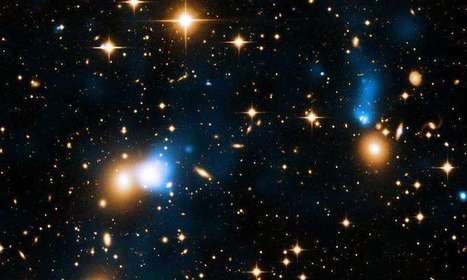 Chandra finds remarkable ribbon of hot gas trailing behind a galaxy | Amazing Science | Scoop.it