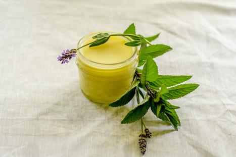DIY Peppermint & Lavender Heel Balm To Fix Dry, Cracked Heels | Raw Edible Organic Skin Care | Scoop.it