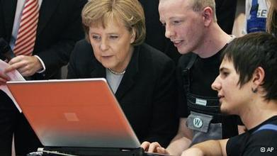 Net activists slam Germany's open data portal | Technology | DW.DE | 19.02.2013 | Open Knowledge | Scoop.it