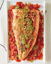 Grilled Salmon with Melted Tomatoes Recipe | À Catanada na Cozinha Magazine | Scoop.it