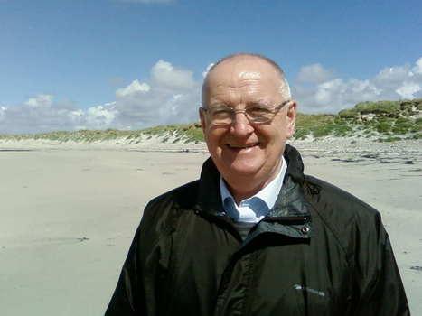 Professor Dick Johnstone on Bilingual Education | Babylon | Scoop.it