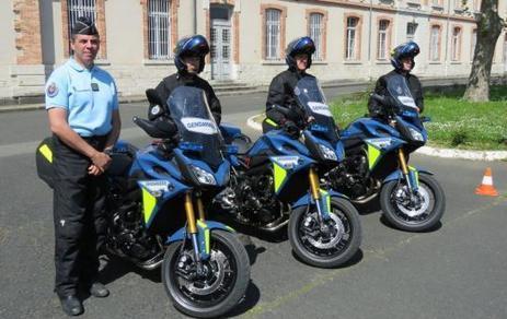 VIDEO. C'est l'école de Fontainebleau qui choisit les nouvelles motos des gendarmes   Stuka78   Scoop.it