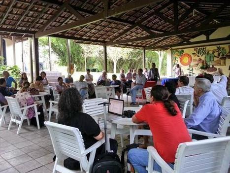Twitter / leandrotessler: Reunião para discutir o projeto ... | Novas Universidades Novas | Scoop.it