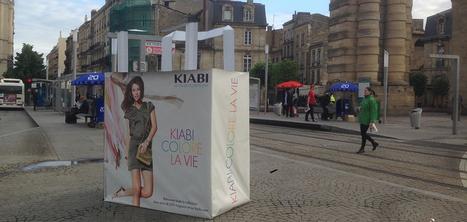 Kiabi communique en mode XXL avec des shopping bags géants | streetmarketing | Scoop.it