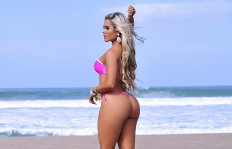 Aryane Steinkopf en bikini sexy ! - photos | Radio Planète-Eléa | Scoop.it