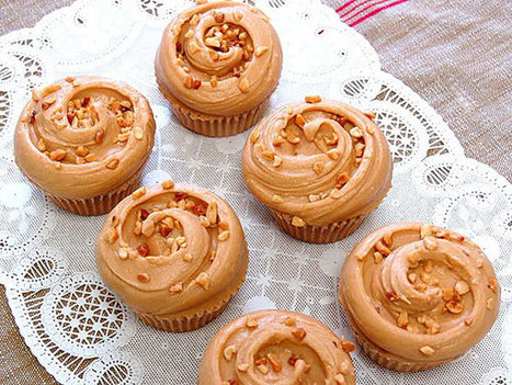 Snack on This: Magnolia Bakery's Peanut Butter & Jelly Cupcakes - People Magazine   How to Make Cup Cakes   Scoop.it
