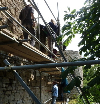 L'archéologie du bâti en chantier au château | Château de Blâmont | Scoop.it