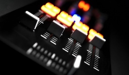 What's The Difference Between Crossfader, Line Fader & Gains? | DJing | Scoop.it