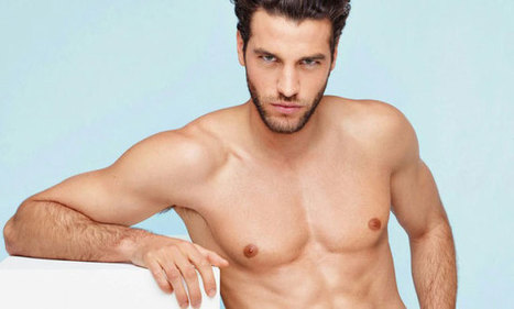 Paul F è il volto scelto da Intimissimi per il suo catalogo di intimo maschile | Gayburg | Scoop.it