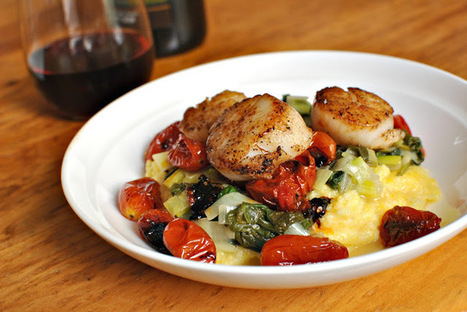 In the Kitchen with Little Buddy: Pan Seared Scallops with Roasted Tomatoes, Leeks and Creamy Polenta | À Catanada na Cozinha Magazine | Scoop.it