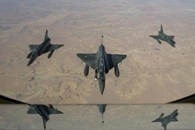 Las fuerzas aéreas franceses destruyen las sedes islamistas del bastión de Gao | Conflitos Mundiais Actuais | Scoop.it