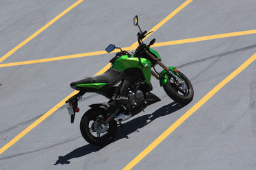 'What is that?!' Kawasaki's pint-sized Z125 is even more fun than it looks | Motorcycle Rider Today | Scoop.it