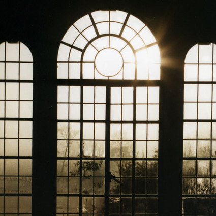 Self-cooling windows let in sunlight without the heat | Harvard School of Engineering and Applied Sciences | Maisons Bois Basse Conso | Scoop.it