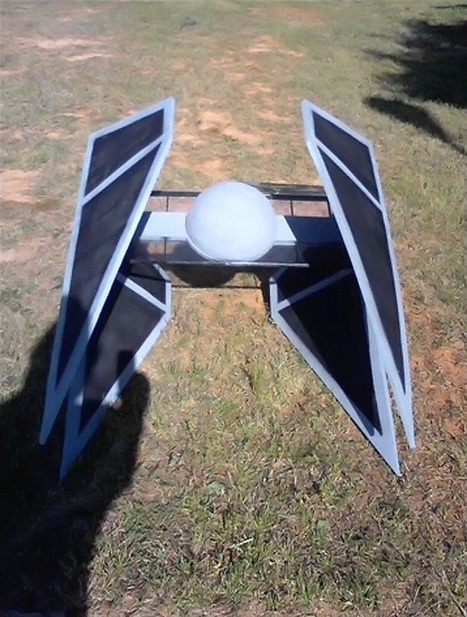 3 Fully Functional Star Wars Spaceships That Can Actually Fly | star wars world war 2 | Scoop.it