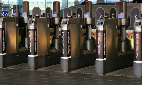 London Tube and buses begin trialling smartphone payments (again)   Tourism in London :)   Scoop.it
