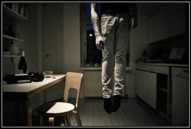 Suicidarse en vez de rebelarse: no seamos idiotas, ¡despertemos! | Legendo | Scoop.it