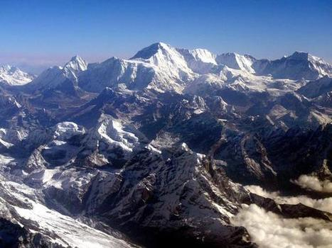 Tourists on Mount Everest are causing avalanche fears | IB GEOGRAPHY LEISURE SPORT & TOURISM LANCASTER | Scoop.it