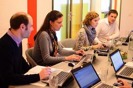 Economie du bonheur : mes collègues et moi - France Conditions de travail, amélioration des conditions de travail, santé, conditions de travail travail emploi europe | Le travail en Europe | Scoop.it