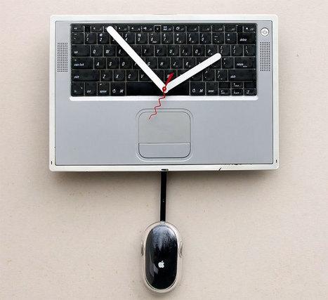 Recycled Apple Powerbook Clock | All Geeks | Scoop.it