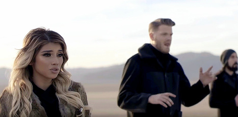 "Supergroup Pentatonix's Unique Chilling Spin On ""Hallelujah"" Is Going Viral 