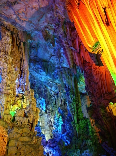 Multicolored Stalagmites and Stalactites in China's Famous Cave - My Modern Metropolis | Le It e Amo ✪ | Scoop.it