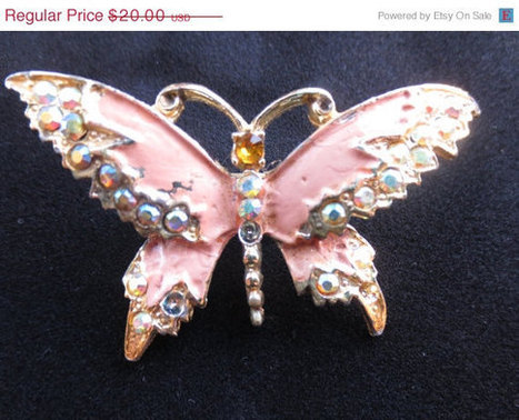 ON SALE Vintage pink enamel and rhinestone butterfly pin. 1960s. Retro. Spring.   Vintage jewerly   Scoop.it