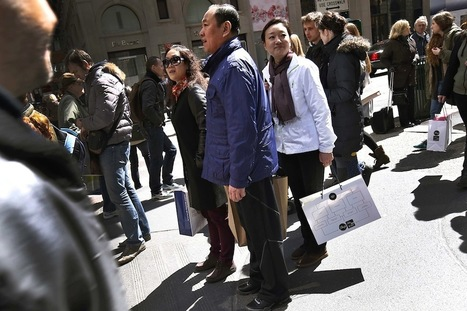 Chinese Tourists Spent a Record $165 Billion Abroad Last Year | China: marketing, business, tourism, online. | Scoop.it