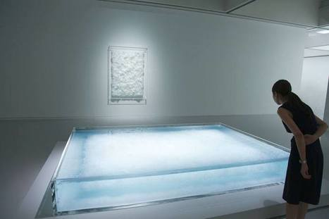 "Tokujin Yoshioka:  ""a painting"" 