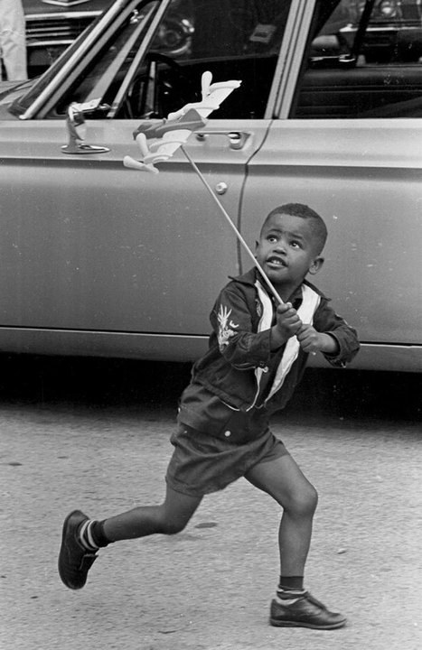 20 fotos antiguas de niños pasándoselo genial sin necesidad de internet - Aprendemos jugando desde siempre | Aprendizajes 2.0 | Scoop.it