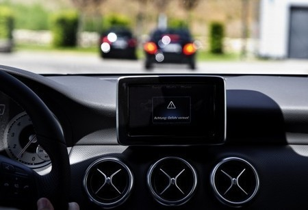 Mercedes to launch car-to-car communications this year | Future of Mobility | Scoop.it